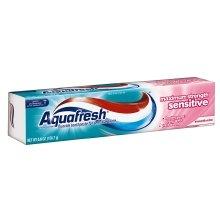 Aquafresh Sensitive Maximum Strength Fluoride Toothpaste, Smooth Mint, 5.6 oz