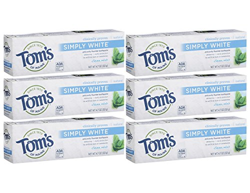 Tom's of Maine Simply White Natural Toothpaste, Whitening Toothpaste, Natural Toothpaste, Clean Mint, 4.7 Ounce, 6-Pack