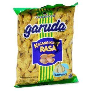 Garuda Kacang Kulit Rasa Bawang - Roasted Peanuts Garlic Flavor, 3.52 Oz (Pack of 2)